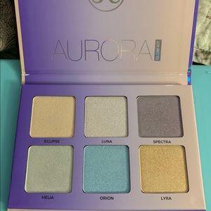 New in box Anastasia Beverly Hills Aurora palette